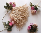 Weft doll hair mohair goat hair blonde for waldorf, Blythe natural Wool Doll Hair, Blythe Doll Reroots, tress, la Fiaba russa