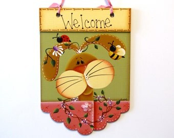 Bunny Welcome Scalloped Sign, Lady Bug, Bee, Vines, Daisies, Handpainted Welcome Banner, Hand Painted Home Decor, Wall Art, Tole, B7