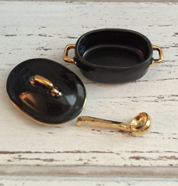 Miniature Black Pot And Ladle by Reutter, Dollhouse Miniature, 1:12 Scale, Dollhouse Decor, Kitchen Accessory, Mini Cooking, Decor,