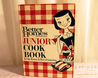 1963 Children's Junior Cookbook Better Homes and Gardens. Classic Red and White Checked Boards. Vintage Cookbook For Children & Preteens