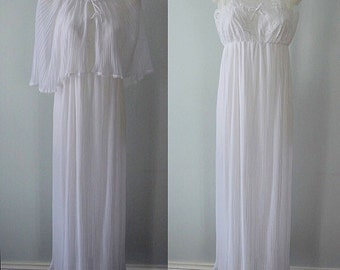 Vintage Peignoir, Vintage Peignoir Set, 1960s Peignoir, Kayser, Nightgown and Cape Set, Wedding, Bridal, Crystal Pleated