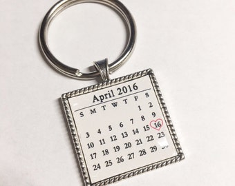 Personalized Calendar keychain, Custom date Save the date key chain, Custom key chain, significant date marker, Custom Anniversary Gift
