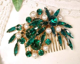 Vintage Emerald Green Rhinestone & Pearl Bridal Hair Comb, Emerald Crystal Wedding Headpiece, Gold Brooch to OOAK Large Wedding Hairpiece