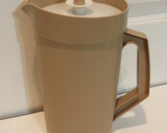 Vintage Tupperware TAN 2 quart Pitcher
