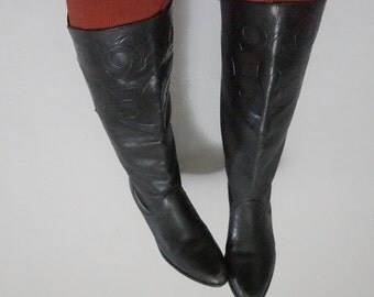 6.5/7 pointed toe pirate boots knee high country south western southwestern vintage 80s 1980s black nouveau deco swirl shoes flats folk boho