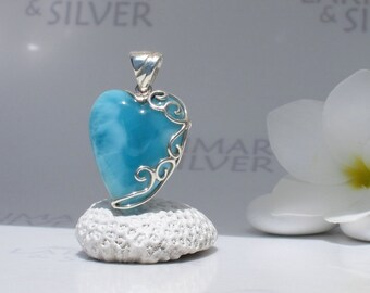 Larimarandsilver pendant, Fantasy of Love - deep blue Larimar heart, navy blue, AAA, volcanic blue, blue heart, handcrafted Larimar pendant