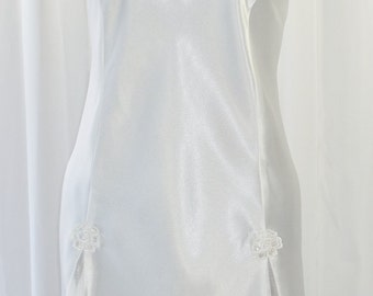 Bridal Short Nightgown Valentino Intimo Unworn NWOT Sheer Embroidery Lace Studded with Pearls Sequins Chiffon Skirt Inserts Size XL
