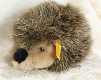 Steiff Joggi Porcupine / Hedgehog Vintage with button and tag from Germany