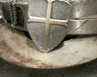 Shield Necklace Mens Gamers Geekery Jewelry Renaissance Boyfriend Gifts Teen Boy Armor