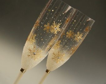Snowflakes Glasses, Winter Wedding Glasses, Champagne Glasses, Gold Toasting Flutes, Wedding Champagne Flutes, set of 2