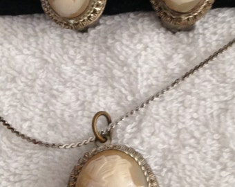 Cameo Pendant Necklace // Sterling // Matching Earrings // Bridal // Vintage