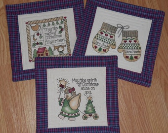 CHRISTMAS HOLIDAY HOMESPUN Set of 3 MugRugs SnackMats CandleMats approx 10 1/2 inches square worked in Plaid and Solid homespun and muslin