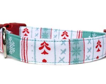 Christmas Dog Collar, Snowflake Dog Collar, Winter dog collar,  Red Aqua Dog Collar, Christmas Collar, Winter Collar, Holiday Dog Collar