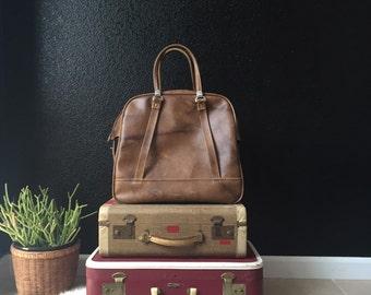 vintage large brown vinyl travel bag luggage / carry on suitcase / weekender