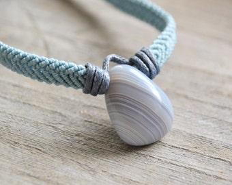 Blue Lace Agate Macrame Pendant / Blue Stone Necklace / Tumblestone Macrame Choker / Macramedamare