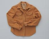 Vintage 1970s Beige Wool Camp Shirt. 70s Tomboy Button Up Shirt. Womens Flannel Shirt. Size XS