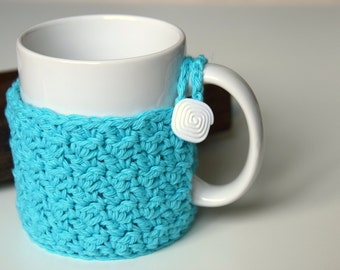 Textured Teal Mug Warmer with White Swirled Button