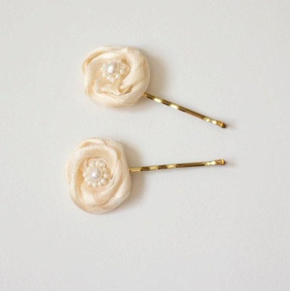 Bridal Hair Pins - Bridal Hair Accessories - Champagne Hair Pins - Floral Bridal Accessory - Flower Girl Hair Pins  - Champagne Flower Clips