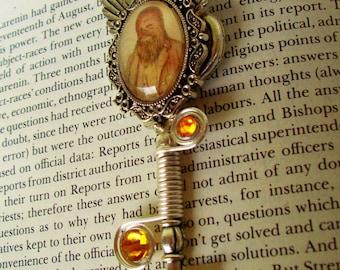 Steampunk Star Wars (N618), Vintage Chewbacca Image, Silver Skeleton Key Necklace, Victorian Chewbacca, Winged Key, Swarovski Crystals