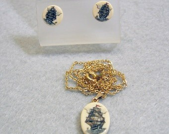 Vintage Elegant 1980s Scrimshaw on Resin Necklace Set, Sailing Ship