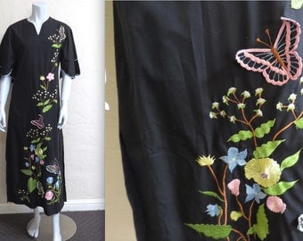 Vintage 70s Long Embroidered Maxi Dress w 3D Butterflies & Flowers S