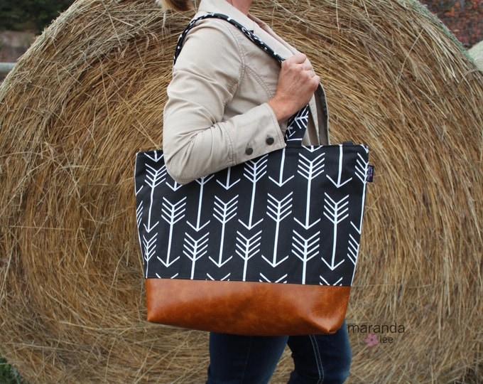 Extra Large Lulu Tote  Black Arrows  READY to SHIP  Zipper Closure