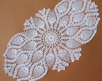 "White crochet doily, oval crochet doily, pineapple doilies, crochet lace doily, crochet centerpiece, 21"" X  11"""