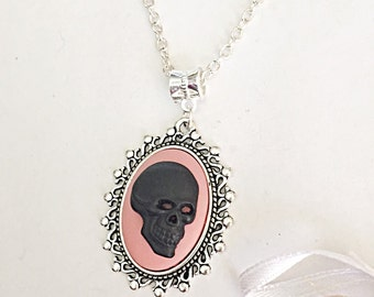 Skull Cameo Necklace - Cameo Necklace - Vintage Cameo - Horror Necklace - Skull Pendant - Skull Jewelry - Cameo Jewelry - Horror Jewelry