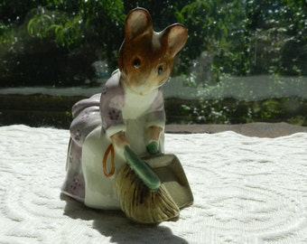 Vintage Authentic Beswick Beatrix Potter Figurine - Hunca Munca Sweeping