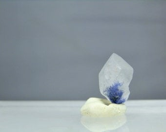 Natural Blue Dumortierite in Quartz Rough Crystal Mineral Specimen As Mined 9.55 carats Loose Gemstone