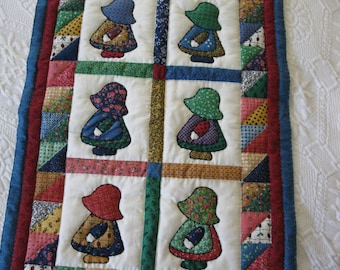 Sunbonnet sue doll quilt  Hand quilted doll quilt  Sunbonnet sue wallhanging