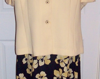 Vintage Ladies 2 Piece Floral Print Dress by Studio I Size 18 Only 11 USD