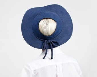 Vintage 1930s/40s Ash Blue Linen Ladies Sporting Hat with Open Crown