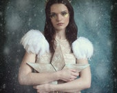White feather shoulder epaulette, feather wings, feather shoulder pieces