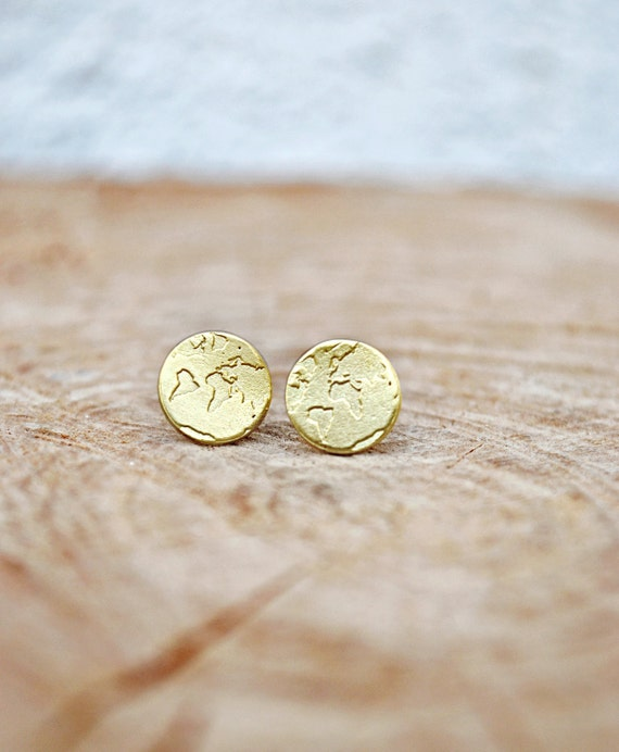 Love these world map earrings