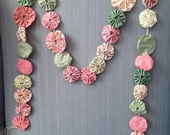 Handmade Fabric Yo-Yo Swag Pink Green Rose