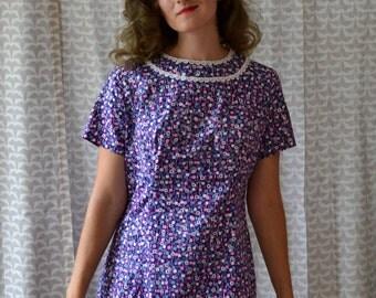 Mod 60's Purple Flower Scooter Dress / Lace collar