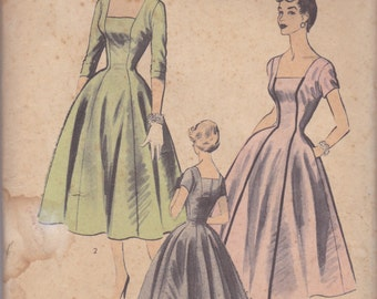 1950s Simple Elegant Dress Pattern Advance 6637 Size 12 Unused