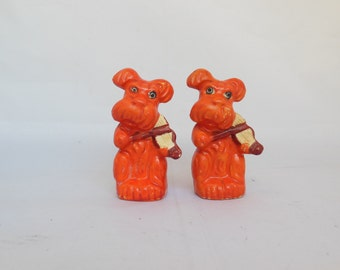 Dog Salt and Pepper Shakers Orange Pups Playing Violin or Fiddles Made in Japan