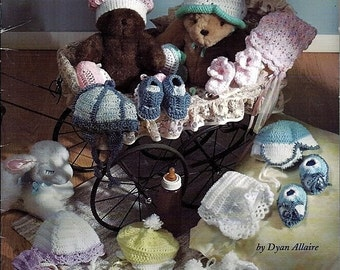 Babies Head to To / 8 Cap and Booties sets to Crochet Pattern Book / Jeanette Crews Designs 16016