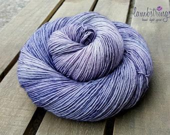 Sadie Sock HT 100g, Hand dyed yarn, Superwash merino wool, Single ply, 400 yds: Cobblestone Way.