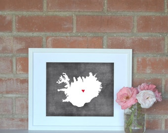 Iceland Chalkboard Country Map. Iceland Personalized Map. Wedding Map Art. Wedding Gift. Engagement Gift. Art Print 8x10.