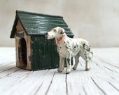 Vintage die cast dog and kennel. Johillco diecast miniature toys pieces circa 1930s.