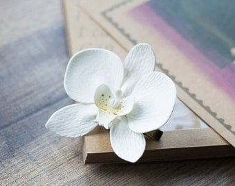 White orchid clip - flower girl hair clip - white hair clip - wedding hair clip - bridal flower headpiece - hair jewelry