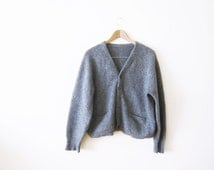 Mohair Cardigan / Grunge Cardigan / Gray fuzzy Mens Vintage Cardigan Sweater Small