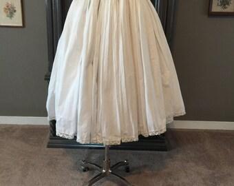 50s Crisp White Cotton Pleated Summer Skirt