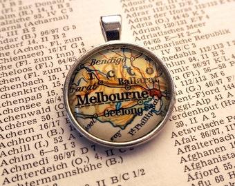 NECKLACE or KEYCHAIN, Australia, Melbourne, Map-Pendant, Cabochon, Glass, Atlas, Vintage, Jewlery