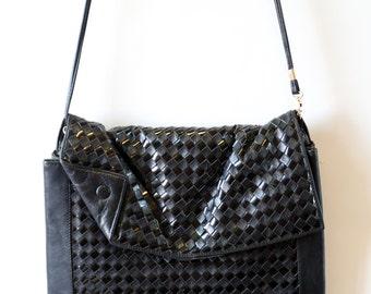 Vintage 80s Bellesac black woven leather dress purse clutch