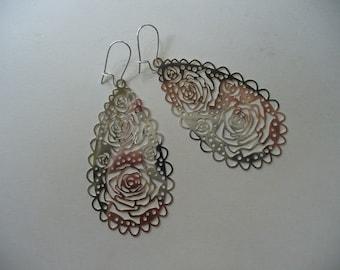 Silvery lace Earrings, Rose Earrings, Rose Filigree Teardrop, Silver Earrings, Long Dangle Earring, Silver Rose Earrings, Lace Jewelry, Rose