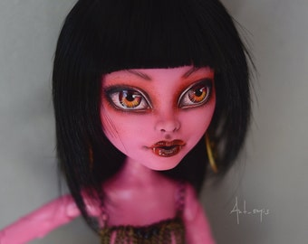 Gooliope Jellington OOAK Monster High Repaint doll By Artemis